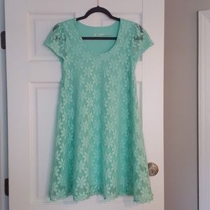 EUC Kimchi Blue Mini Lace Flower Dress Size Small